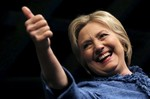 2016-03-17T230042Z_1_LYNXNPEC2G1NN_RTROPTP_3_USA-ELECTION-CLINTON.jpg